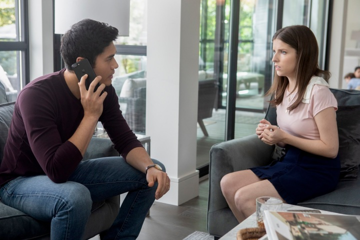 henry golding & anna kendrick in A SIMPLE FAVOR