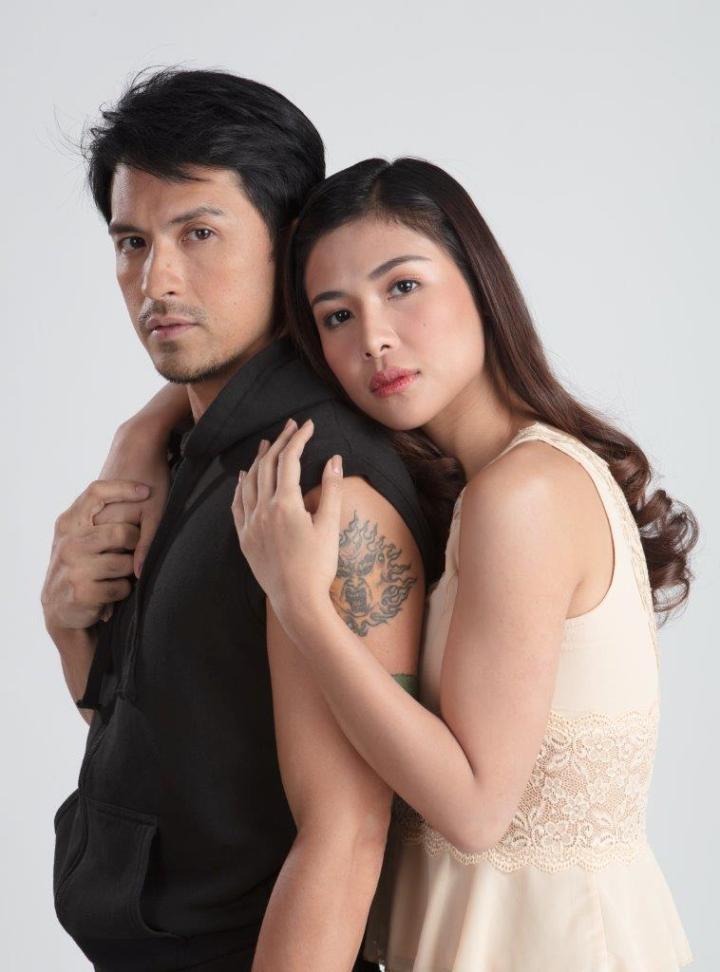 Dennis Trillo and Sanya Lopez (2)